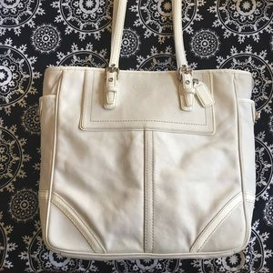 Coach Vintage White Leather Large Tote